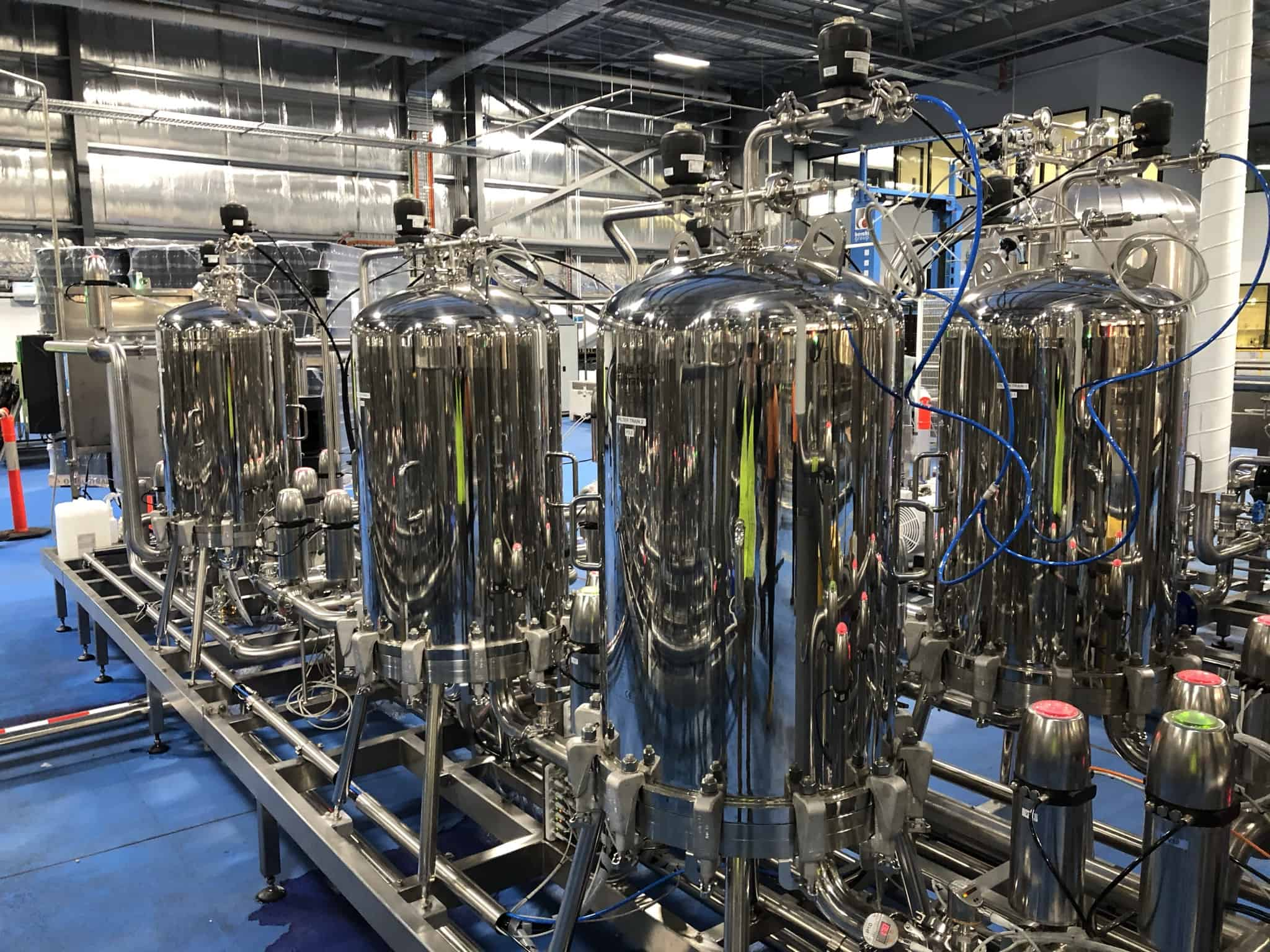 accolade automated sterile filtration system for bottling 4